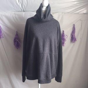 Athleta sweatshirt in Size Medium